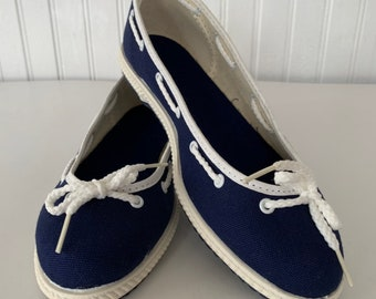 Vintage 80s Deadstock Size 6 Boat Shoes Slip Ons Rope Blue White Slides Mint New Condition Spring Sailor Shoe Slide Ons Tennis shoes 70s