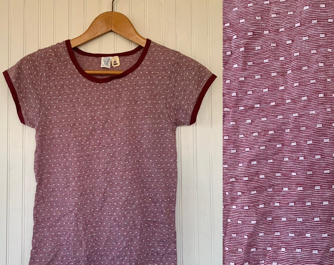 NWT Vintage 80s Ringer Tee Size Medium Maroon Dark Red White Short Sleeves Shirt T-Shirt Med M S S/M Deadstock Baby Tees Eighties 70s