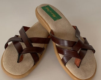 Vintage 70s Deadstock Size 5 Leather Sandals Made in Italy Brown Flip Flop Mint New Condition Spring Shoes Slides
