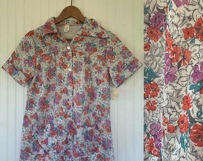Vintage Deadstock Floral Smock Top small Xs Xs/S Shirt Short Sleeve White Pink Teal Purple Flowers Polyester Wide Collar Pockets 70s 80s 32