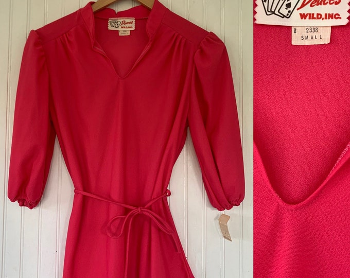 Vintage Deadstock 70s Small Sheer Hot Pink Peasant Top 3/4 Sleeve 70s nos Tops XS XS/S Short Puff Sleeves 34 Boho Blouse 80s belt