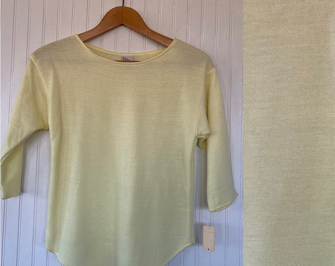 Vintage NWT 80s Vintage Pale Yellow Sweatshirt Small S XS/S Baseball Style 70s Deadstock Sweat shirt Sweater Pastel Soft Festival Spring