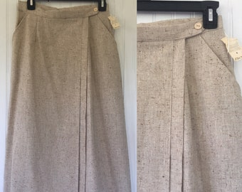 Vintage NWT 70s 80s Beige Wrap Skirt Knee Length 1979 Deadstock 27 26 Small Sm Linen Tweed Off White Seventies Eighties Pockets Pleated