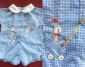 Vintage Newborn 3-6 Months Baby Romper Adorable Blue Gingham Yellow Giraffe Embroidered Shower Gift Photo Shoot Boy Girl Unisex 50s 60s Prop