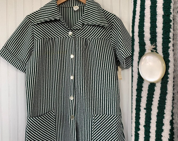 Vintage Deadstock Green White Stripe Smock Top small Medium S/M Med Shirt Short Sleeve Polyester Wide Collar Pockets 70s 80s 34