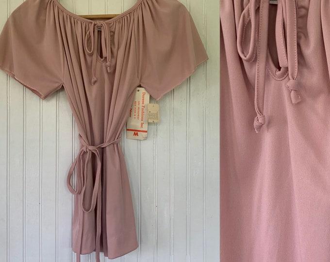 Vintage Deadstock 70s Medium Light Pink Peasant Top nos keyhole Tie Tops Med small S/M Short Sleeves 36 Boho Blouse Belt 80s Pastel Rose
