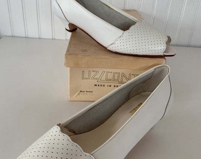 Vintage Deadstock 80s Peep Toe Heels 8 White Leather Shoes Sexy Low Heel 7.5 New In Box Unworn Unique Pointed Brazil Scalloped Summer Spring