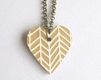 Heart Necklace - Loveheart Pendant - Heart Pendant - Zigzag - Herringbone - Wooden Necklace - Loveheart Necklace