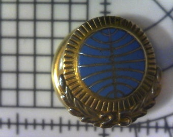 Chrysler Plymouth Medallion Club Tie Tye Tack Pin NOS