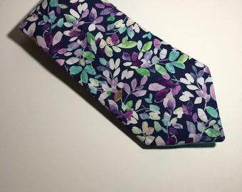 Colored Leaves Classic Tie