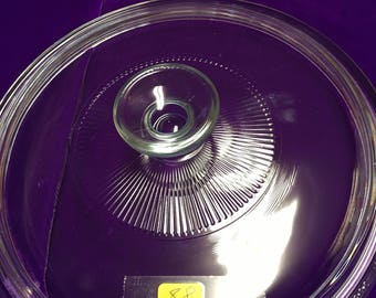 88. Clear round lid 8  3/4 inches