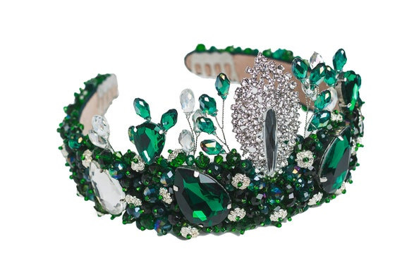 Great for weddings Emerald Green Medieval Style Bridal crown  tiara cosplay and  costume parties. photoshoots festivals