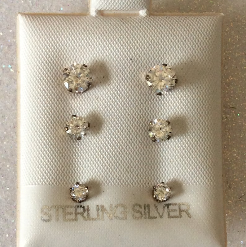 Jewellery & Watches Sensible Sterling Silver And C Z Set Of 6 Pairs Stud Earrings Boxed