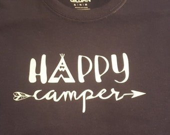 86655c0005 Happy Camper Camp Life Camping Glamping New Various Sizes and Colors  Available Adult Shirt Tshirt T-shirt I love Camping Campfire Tent