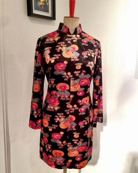 Psychedelic satin gogo poppy shift dress