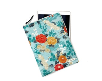 """Crane with large floral in turquoise gold print padded zipped case for iPad Mini / iPad / iPad Pro 11""""  12.9""""/ iPad Air"""