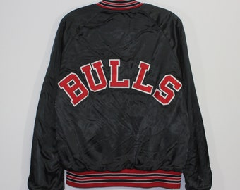 9e031e905e4052 Vintage Chicago Bulls NBA Chalk Line Satin Bomber Jacket Size Medium Black