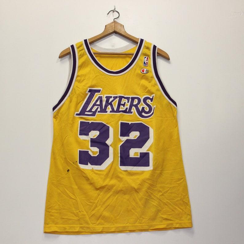 premium selection 35501 8aacf Vintage Magic Johnson LA Lakers Champion Jersey Size 44 L