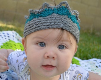 Crochet baby, child, or adult play crown
