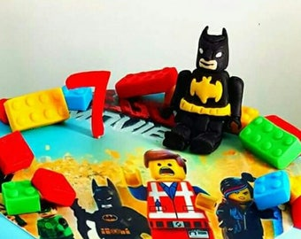 batman + 25 lego pieces, Batman cake topper, Fondant lego pieces, edible lego batman, boys cakes, gum paste lego blocks, lego cake toppers