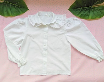 White cotton blouse with vintage lace claudine collar for girls