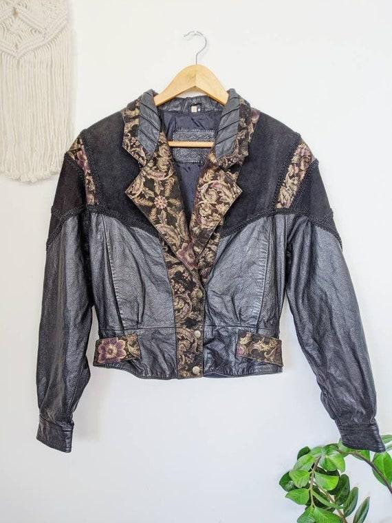 VINTAGE 1990s / black and gold leather jacket for