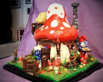 Playhouse of The Smurfs Lamp.