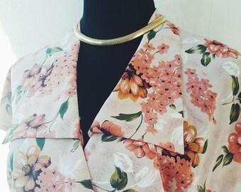 Robe fleurie années 20   jour Vintage robe Vintage robe rose   Art déco  Vintage robe Style années 20   80 en robe   robe de thé Vintage c4327772537c