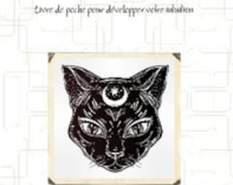 Cat, moon and third eye - pocket book to develop your intuition