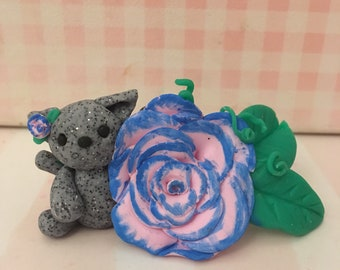 Cat Holding Flower // Polymer Clay