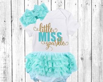 Hello World Newborn Outfit, Baby Girl, Baby Girl, Newborn Girl Outfit, Baby Girl Coming Home Outfit, Baby Girl Going Home Outfit, aqua