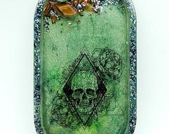 Resin trinket tray with Green Aventurine & Tiger Eye