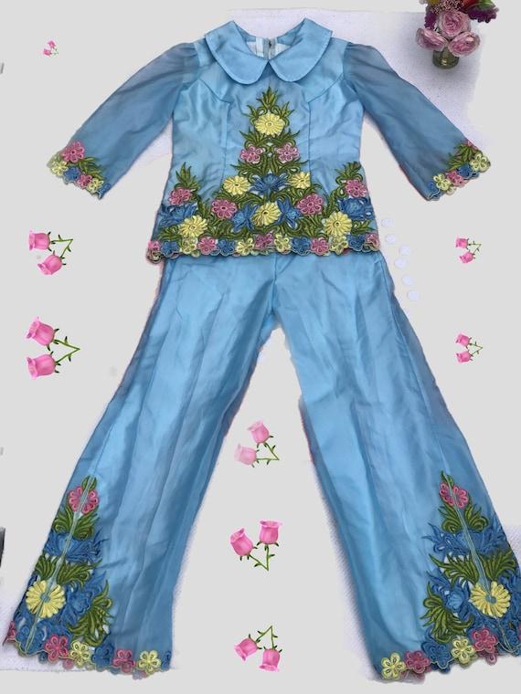 Vintage 1960s Set// Floral Embroidery// Flares//P… - image 6