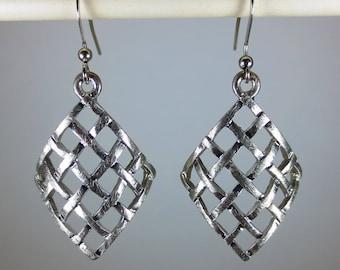 Silver Curled Diamond Shapped dangle earrings
