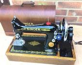 99K Singer handcrank Sewing Machine with bentwood case