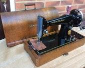 Vintage Singer 201, 201K hand crank sewing machine, Old singer sewing machine