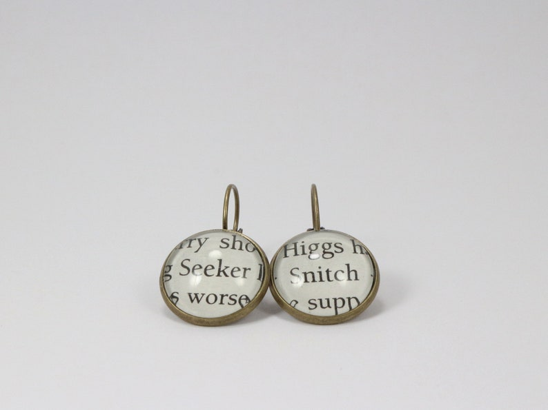 Harry Potter Seeker and Snitch Book Page Glass Dome Dangle Earrings -  Literary Jewellery, Book Lover Earrings, Potter gift