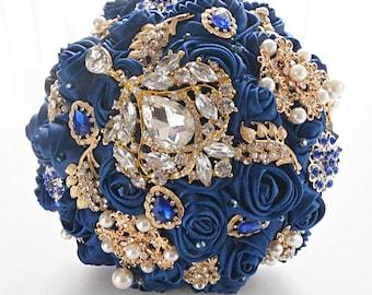Bouquet Daydream, brooch bouquet, navy blue gold, wedding bouquet