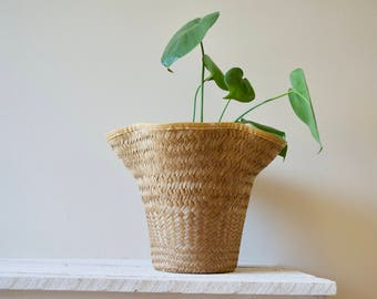 Vintage Wicker Planter || Woven Plant Cover Holder