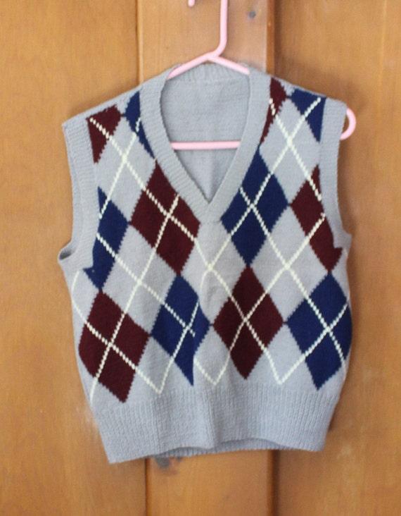 Argyle, pullover sweater vest, hand knit, vintage