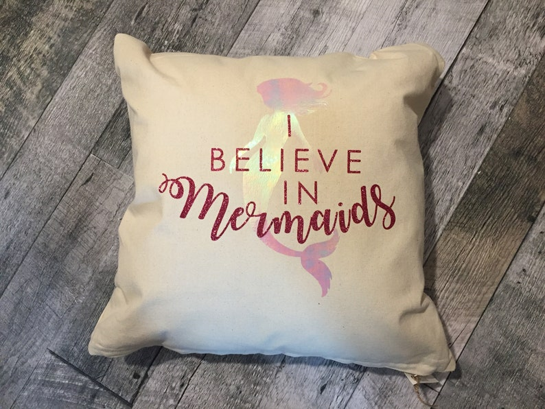 I believe in Mermaids Pillow Cover image 0