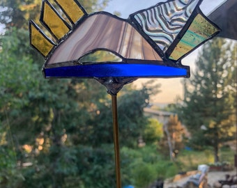Ladscape Stained Glass Planter Stick