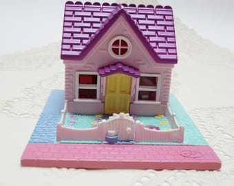 Polly pocket vintage, cozy cottage variation, polly pocket, vintage toy, 90s toy, polly pocket cozy cottage variation! RARE!
