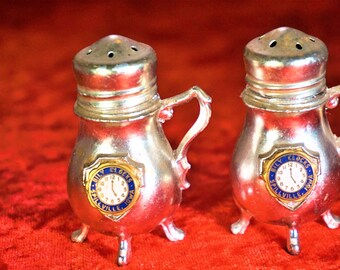 Vintage Unique Salt And Pepper Shakers Collectible Gift For Her Home Decor Bily Clocks Museum Memorabilia Kitchen And Dining Free Shipping