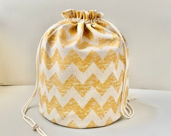 """Knitting project bag """"Zigzag"""" *needlework crocheting handicraft knit * lots of compartments & pockets inside * drawstring * travel * to go!"""