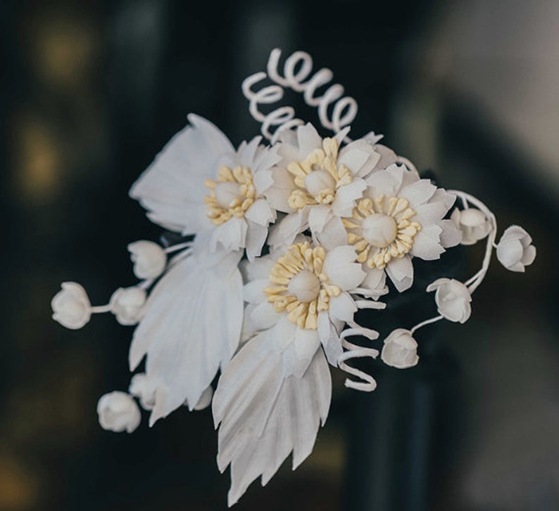 Handmade Daisy Wedding Hair Piece Wedding Hair Accessories White Flower Bridal Hair Piece Floral Hair Piece Daisy Hair Flower H061