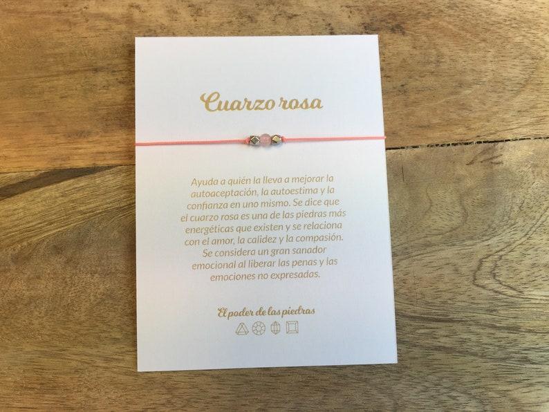 4766b8bd2dd7 Pulsera de Cuarzo Rosa con tarjeta explicativa en español o inglés -  piedras semipreciosas - varios cordones y charms a elegir