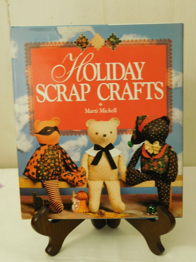 Holiday Scrap Crafts by Marti Michell fabric craft items to image 0