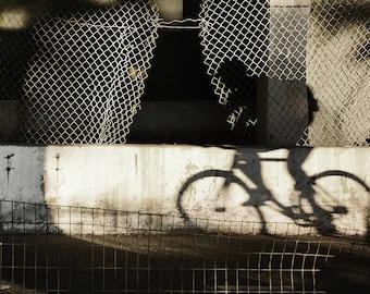 New York City Bike Rider in ombra