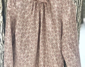 vintage 70's blouse with gorgeous design and high button up collar